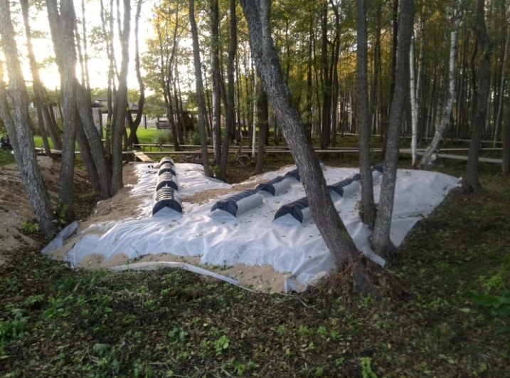 Дренажные тоннели на поле фильтрации при высоких грунтовых водах