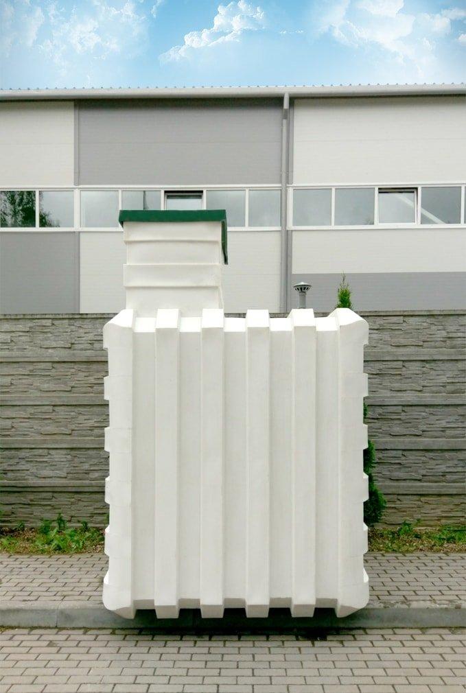 Пластиковый погреб Чистовод для дома и коттеджа - производится в Минске в Беларуси - внешний вид перед вкапыванием