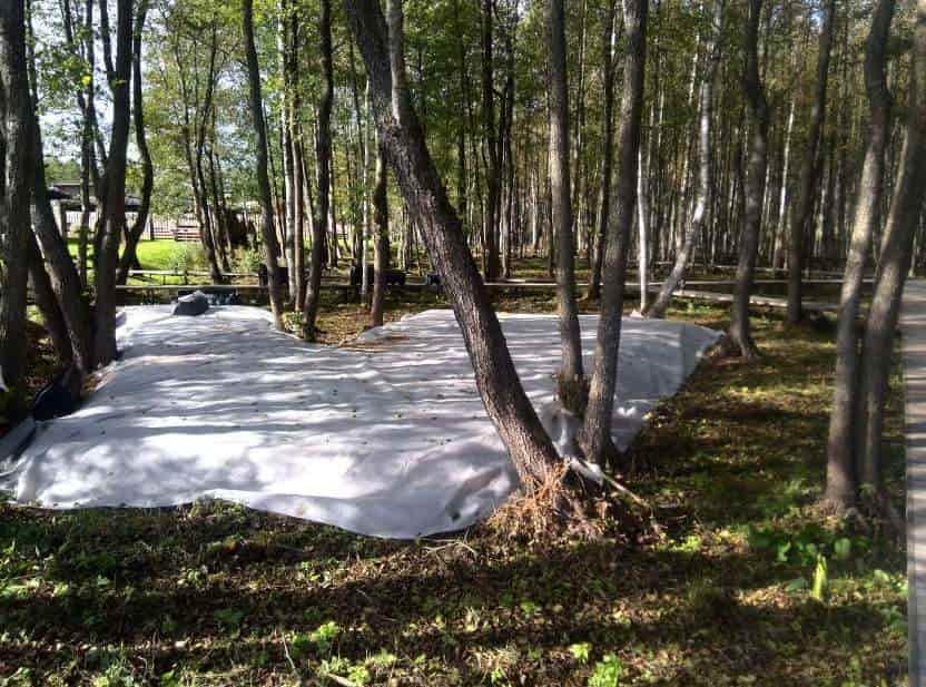 Накопительные ёмкости для канализации «Чистовод» - Фото установки и монтажа - Укрытие геотекстилем гравийного основания