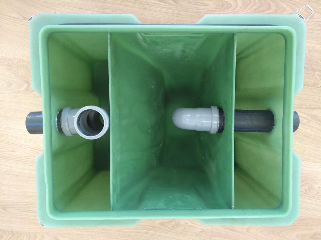Жироуловитель под мойку кухонную бытовой 1 куб м час - вид изнутри