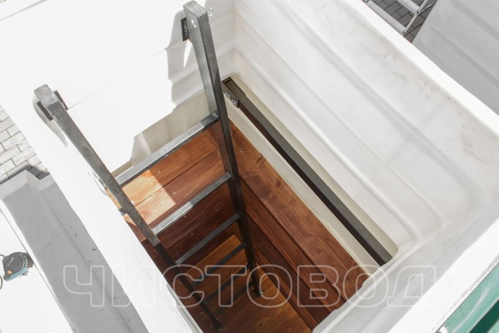 Пластиковый погреб Чистовод изнутри фото 3